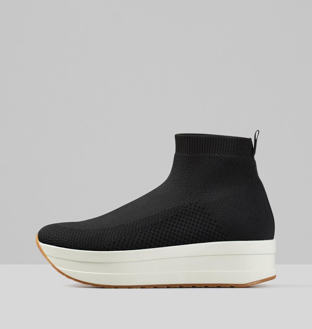 Casey Textile Sneakers - Black - Vagabond
