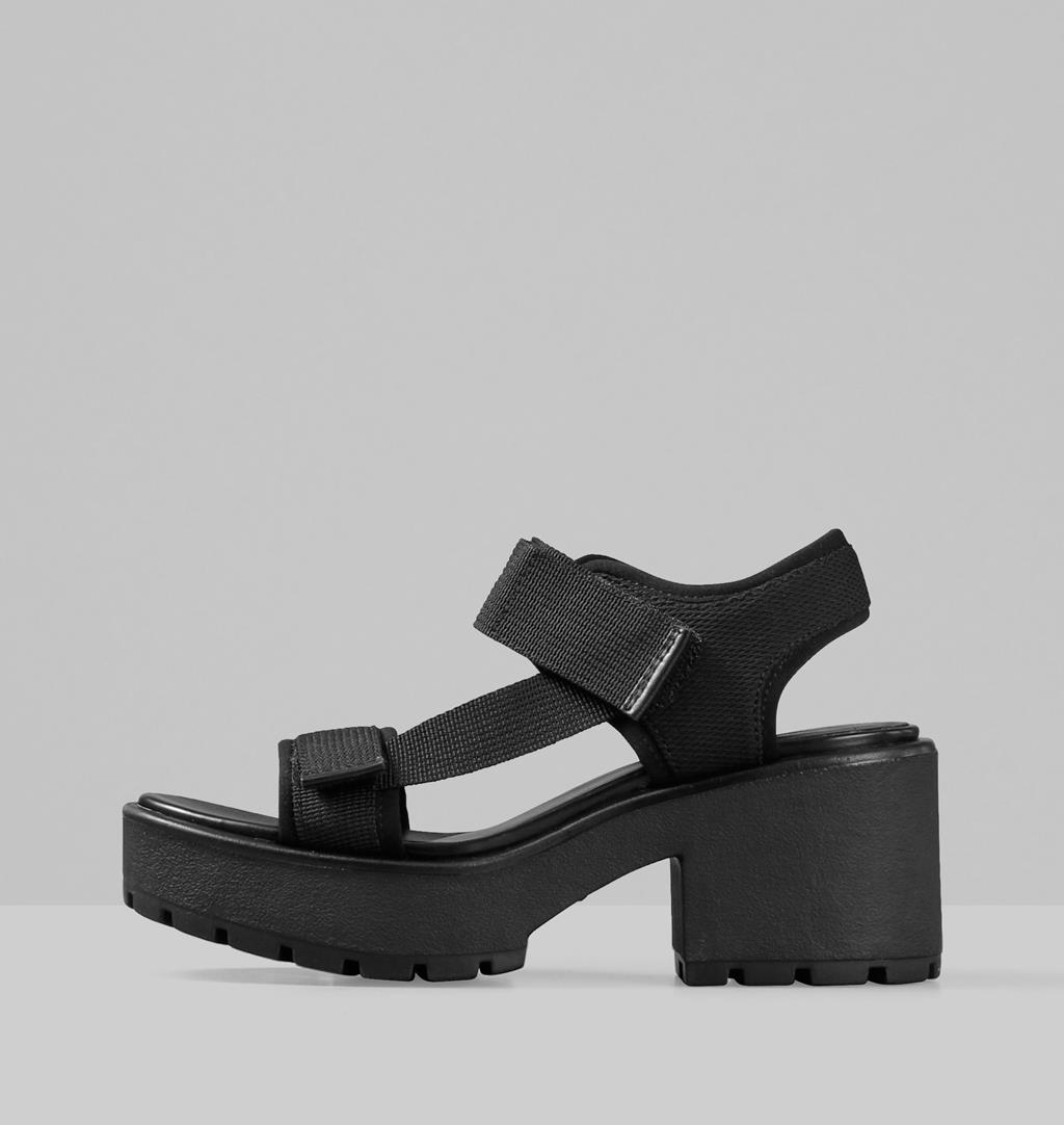 Dioon Sandals Black Vagabond