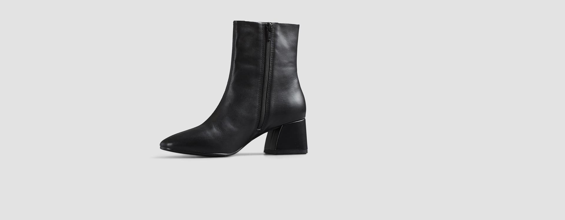 Vagabond Alice Leather Boots NWT