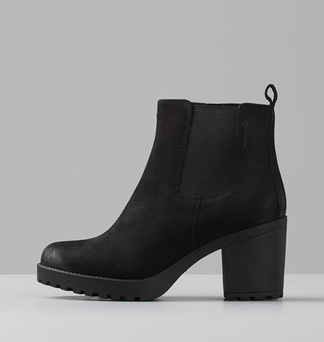 Chunky Block Heel Chelsea Boots | boohoo | Black chelsea