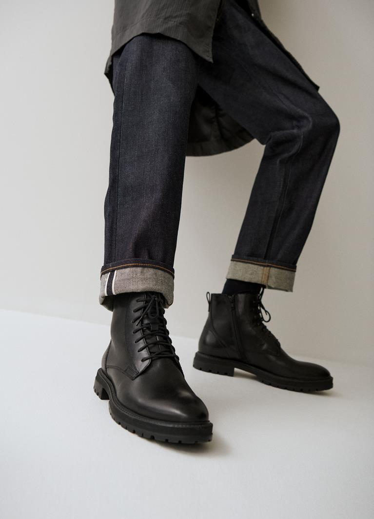 Johnny Black Cow Leather Boots