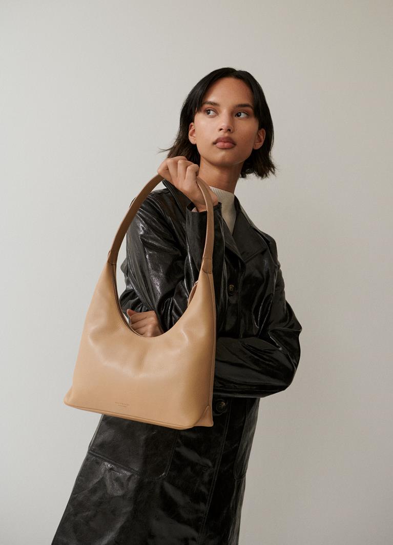 Canberra Lark Cow Leather Bag