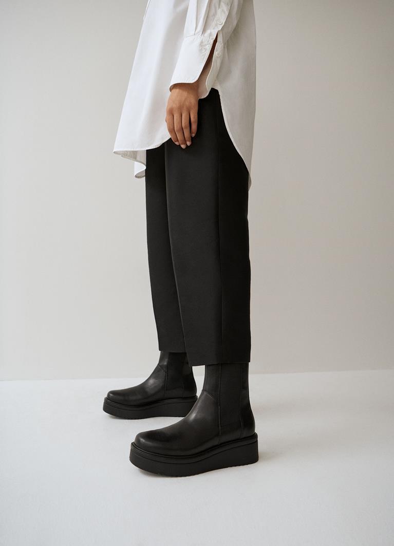 Tara Black Cow Leather Boots