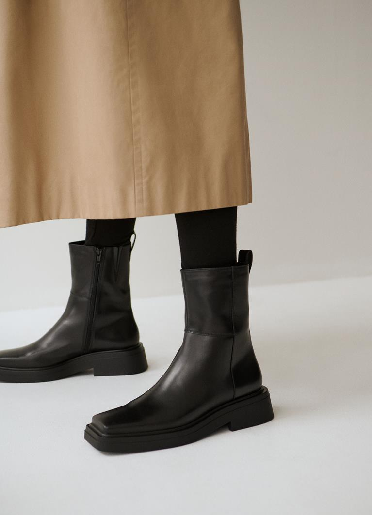 Eyra Black Cow Leather Boots