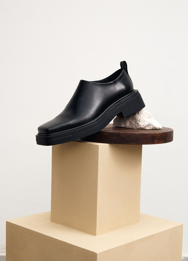 Eyra Black Cow Leather Shoes